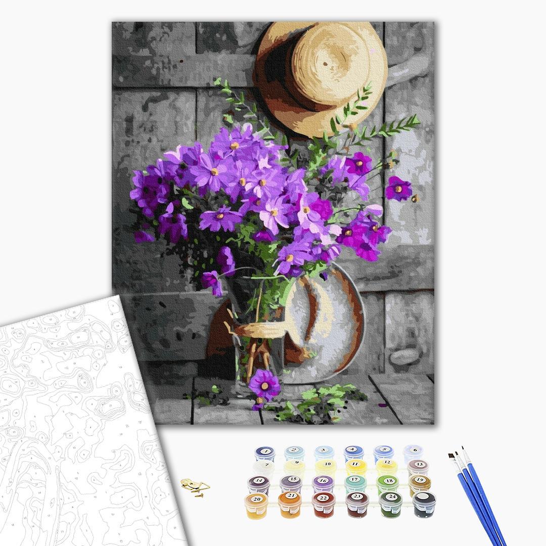 Картина по номерам Цветы - Скромный букет в стеклянной вазе